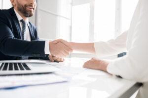 4 financiële vragen die elke ondernemer zich moet stellen voor hij een bedrijf start